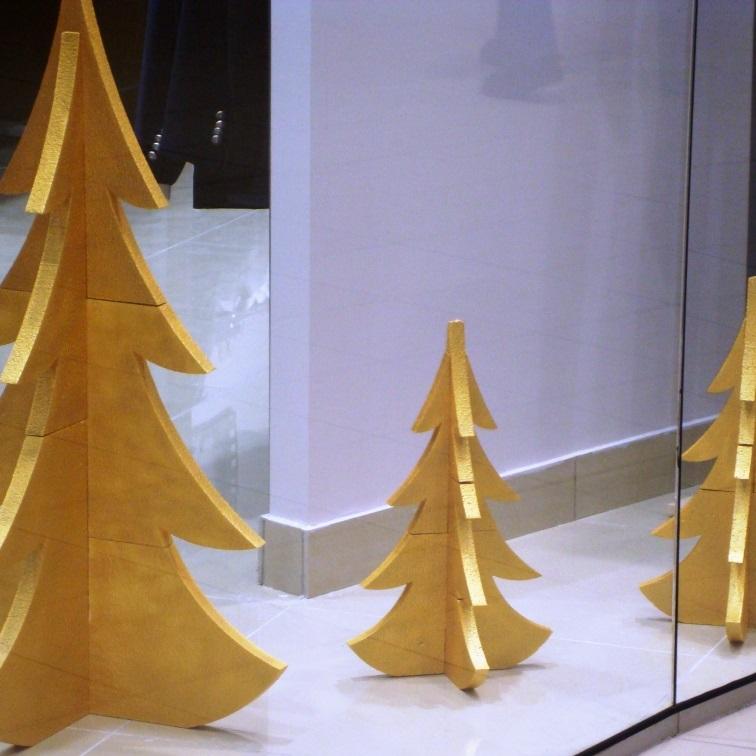 елка  из пенопласта- фото №1