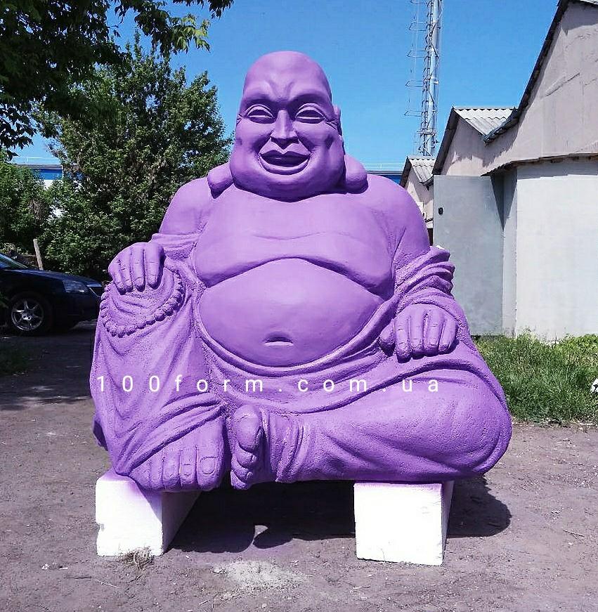 скульптура Будды из пенопласта
